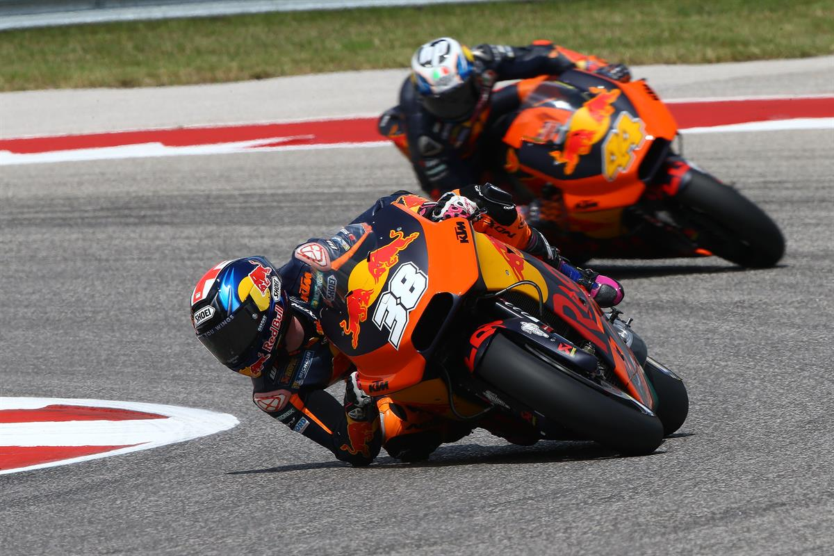 Best qualifying for Red Bull KTM's Bradley Smith on the KTM RC16 in Texas MotoGP - ASC - Action ...