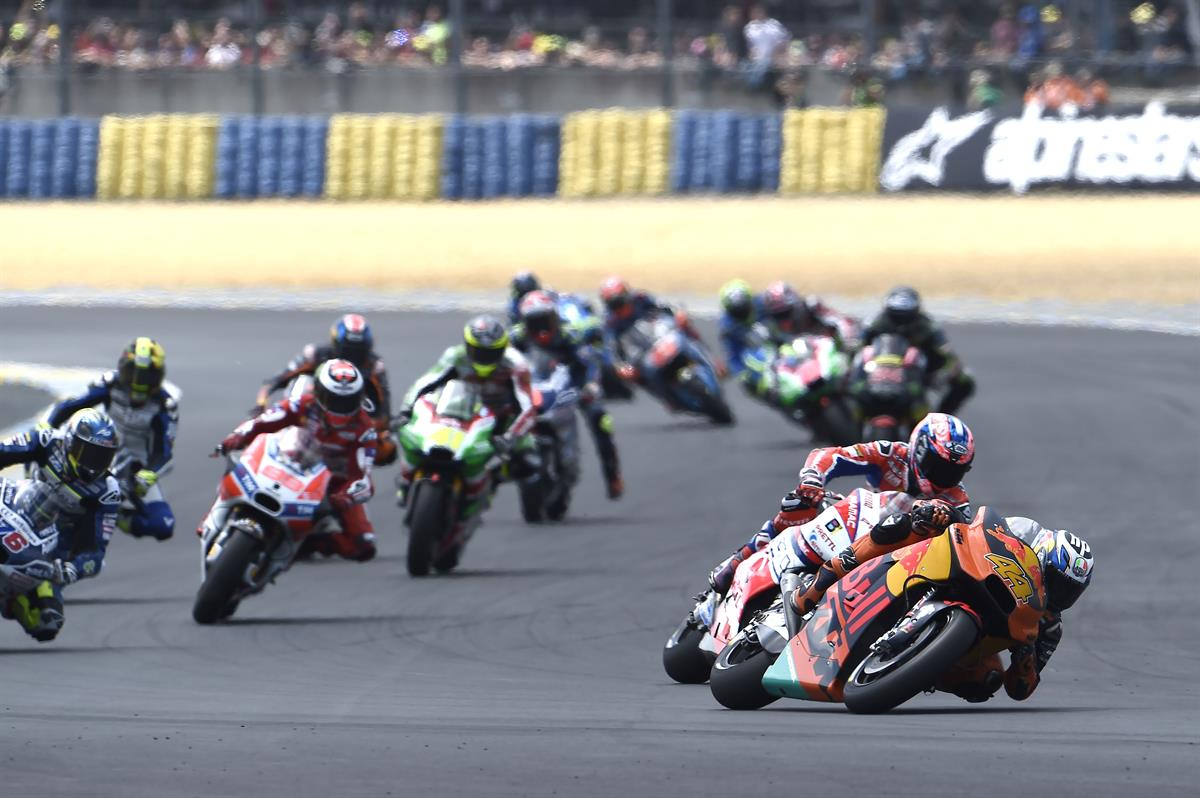 Best motogp finish for espargaro and smith on the ktm rc16 for Prix m2 le mans