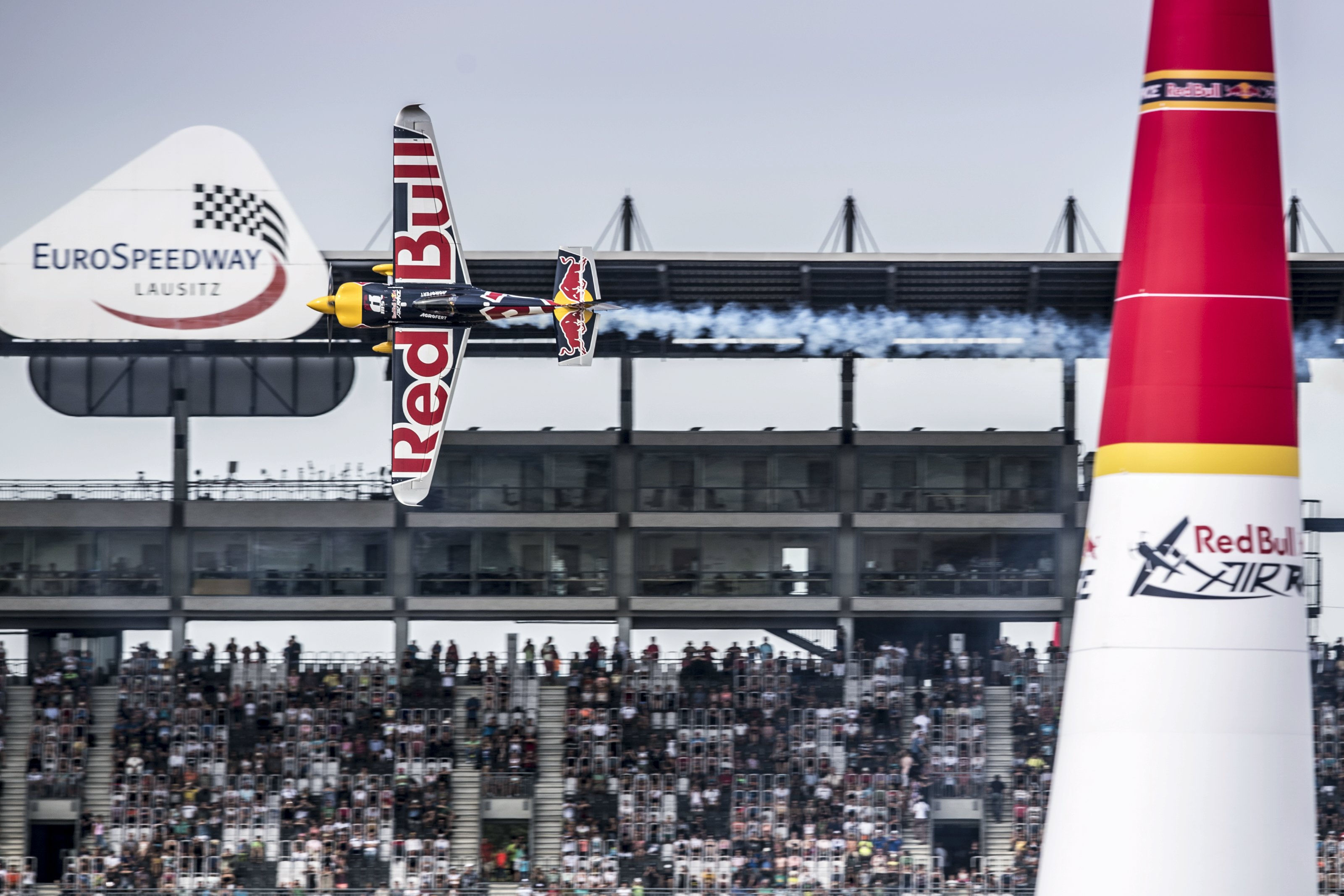 Hot On The Heels Of Porto Red Bull Air Race Lausitz Takes Off 16 17