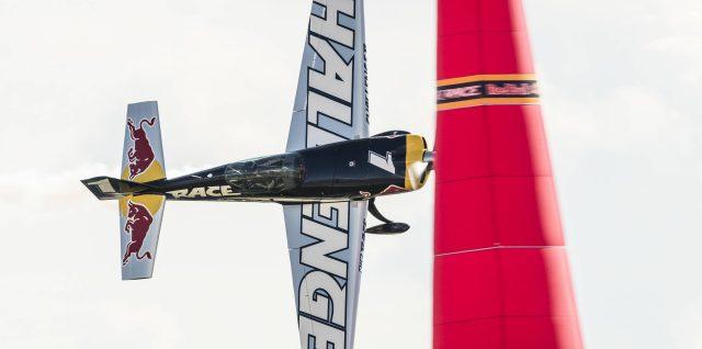 Sweden's Ryfa roars to Lausitzring win