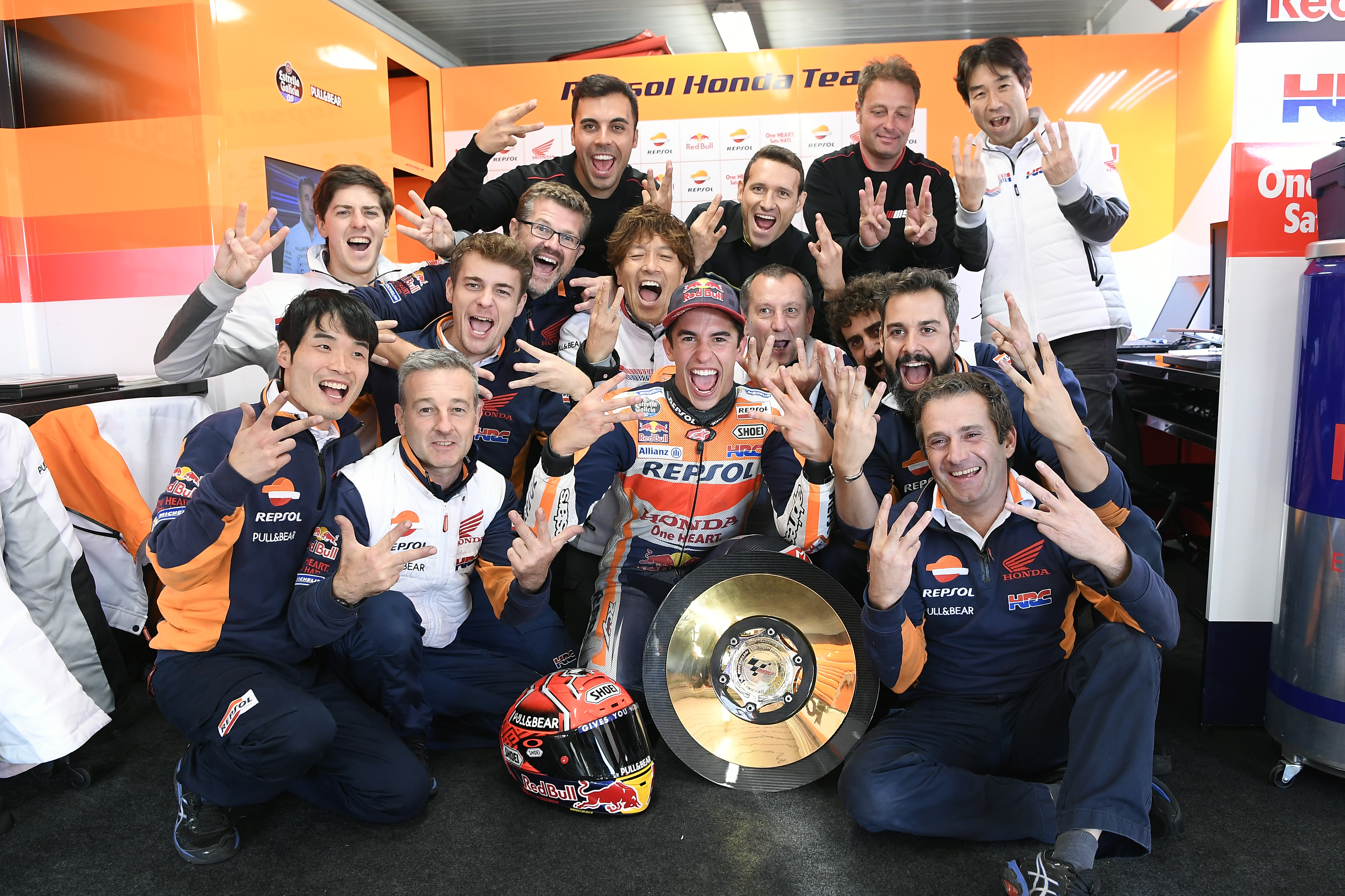 Marc Marquez takes a momentous victory at dry Phillip Island ASC