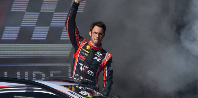 FIA World Rally Championship / Kennards Hire Rally Australia / Neuville secures fourth 2017 win