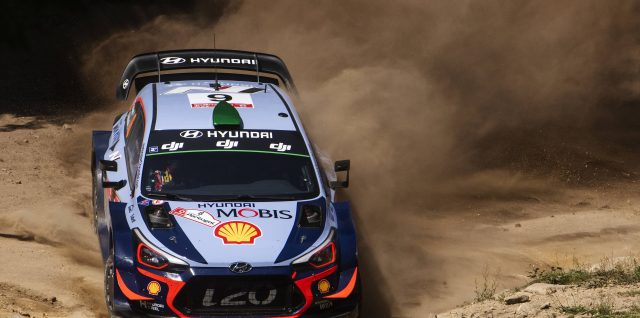 FIA World Rally Championship / Vodafone Rally de Portugal / Thierry Neuville leads after a crazy opening day