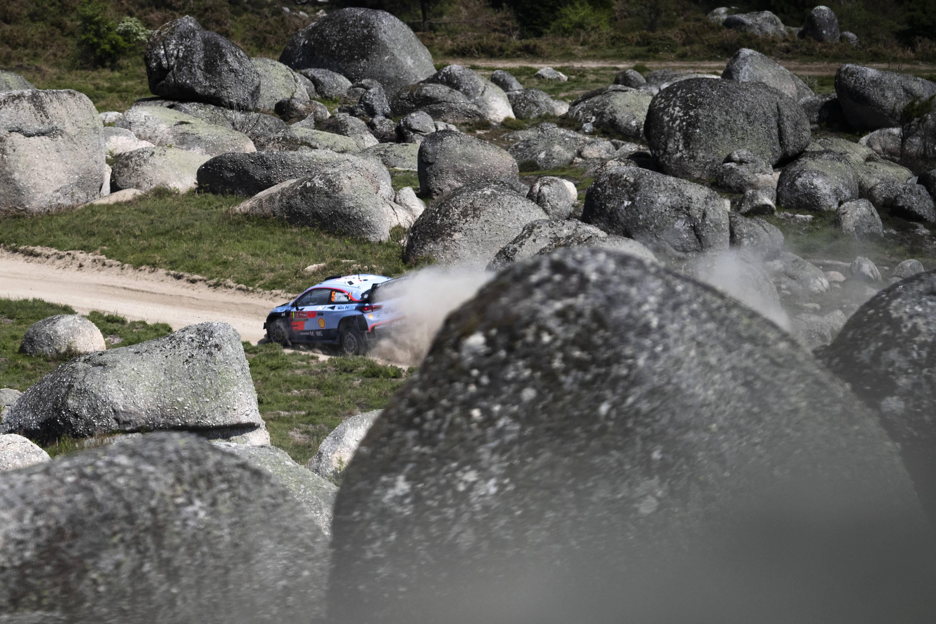 Rally Motor Credit >> Fia World Rally Championship Vodafone Rally De Portugal Neuville