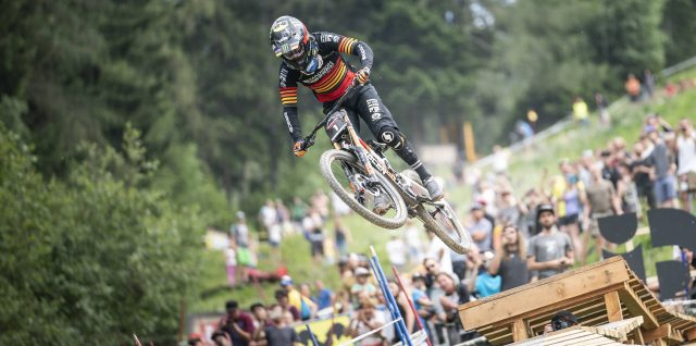 Hannah and Hart cruise to easy Crankworx Innsbruck downhill wins