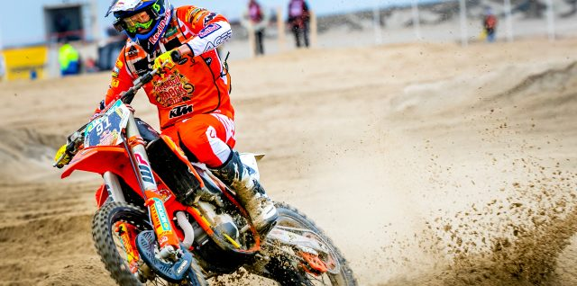 Bike / World Enduro Super Series / Watson storms to Red Bull Knock Out victory in The Hague