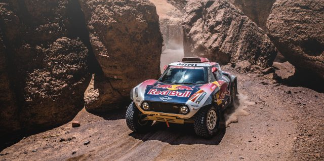 "Dakar Rally 2019 / "" We had a perfect day"" Loeb secures stage five victory"
