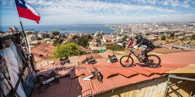 Bike / Red Bull Valparaíso Cerro Abajo / Chilean rider Ferreira realises childhood ambition