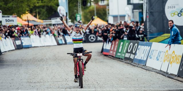 Bike / UCI MTB World Cup Germany / VIDEO ALERT: Courtney reigns in Albstadt rain for first UCI XCO win