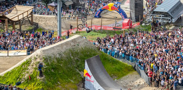 MTB / Crankworx / Johansson edges out home hero Rheeder for Red Bull Joyride win