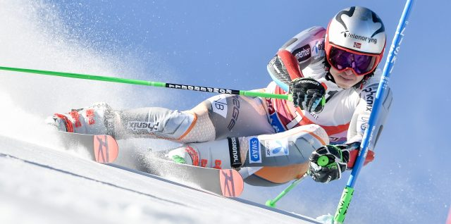 Kristoffersen edges out Frenchman Noel for dramatic Finnish victory