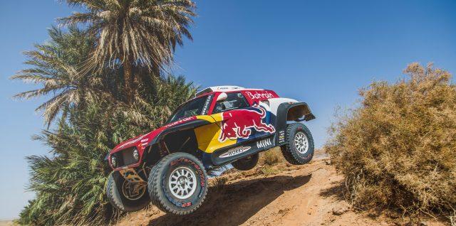 Star-studded 2020 Dakar Rally line-up face Saudi Arabian desert test