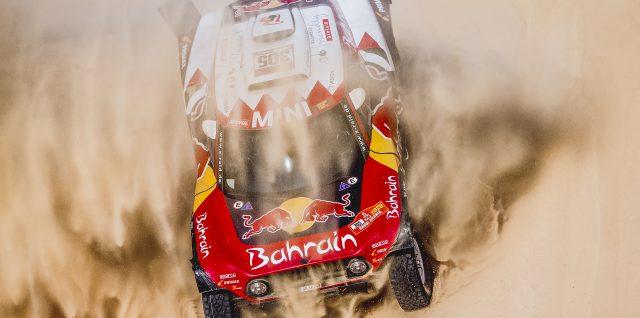 Motorsport / Dakar Rally  / Sainz regains control on stage 10 as Dakar Rally battle heats up