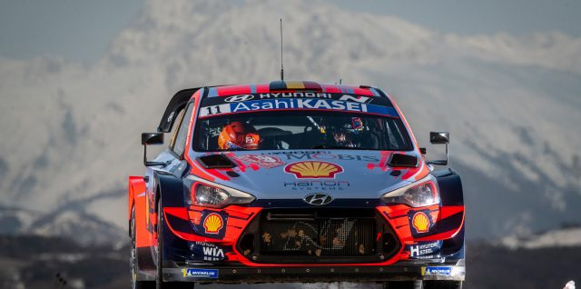 FIA World Rally Championship / Rallye Monte-Carlo / Thierry Neuville fires early warning to lead Rallye Monte-Carlo