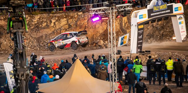 FIA World Rally Championship / Evans breaks clear on Friday to lead champion Tänak at Rally Sweden